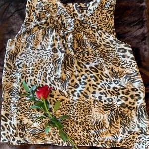 VIOLET & CLAIRE sleeveless cheetah print top